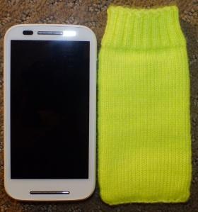 knittedcellphonebag2