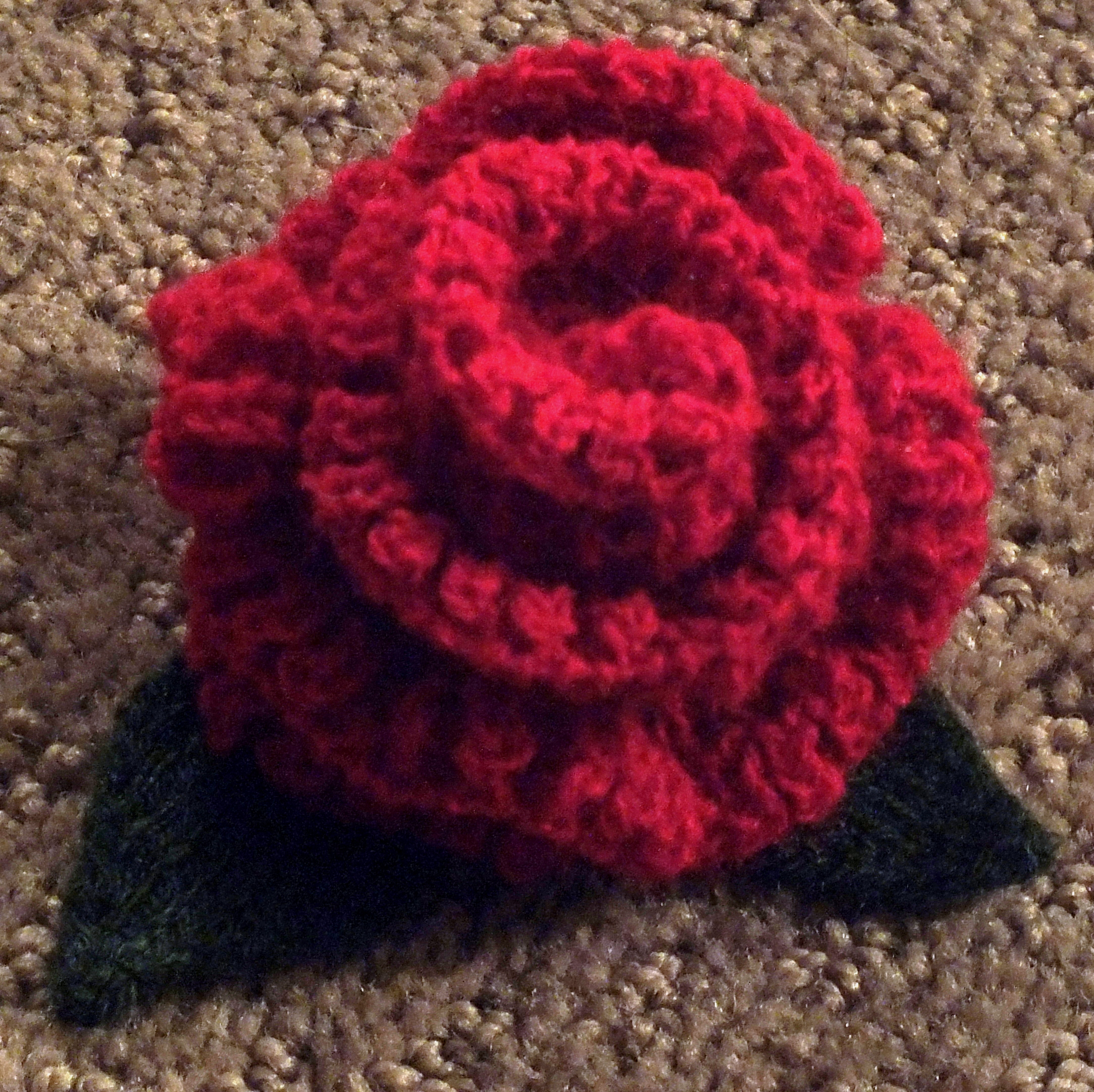 Knitting Pattern For Christmas Rose : Passap Knitted Rose Cckittenknitss Weblog