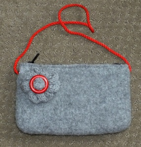 feltedpursewithflower,zipper,lined